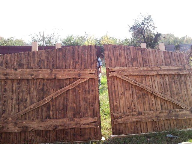 Cancello Di Legno Usato : Porte e cancelli di legno invecchiato laboratorio catalogo